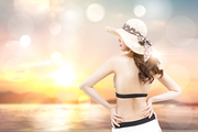 해변의 여인 033