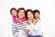 Three Generation Family 100