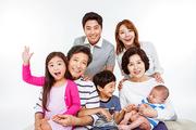 Three Generation Family 119