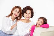 Three Generation Family 126