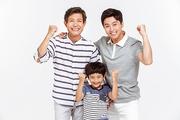 Three Generation Family 134