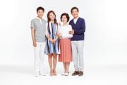 Three Generation Family 030