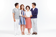 Three Generation Family 033