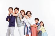 Three Generation Family 068