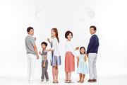 Three Generation Family 081
