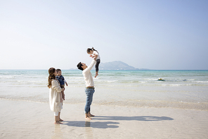 아이들과 함께하는 행복한 가족 072