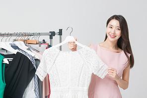 여자 쇼핑 444