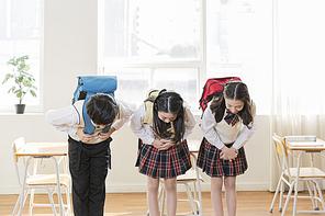 초등학생 230