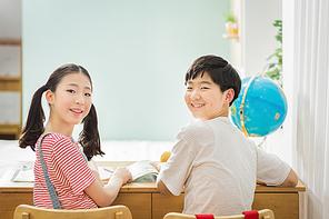 초등학생 384