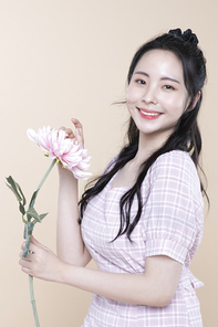 소녀의 외출 준비 059