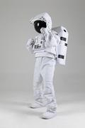 우주생활 - 태권도를 하는 우주인