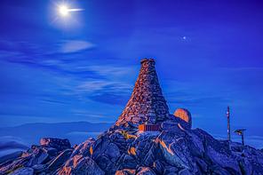 함백산의 밤